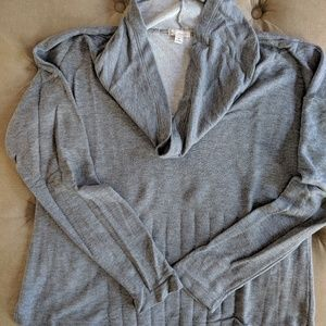 Women's GAP sweatshirt